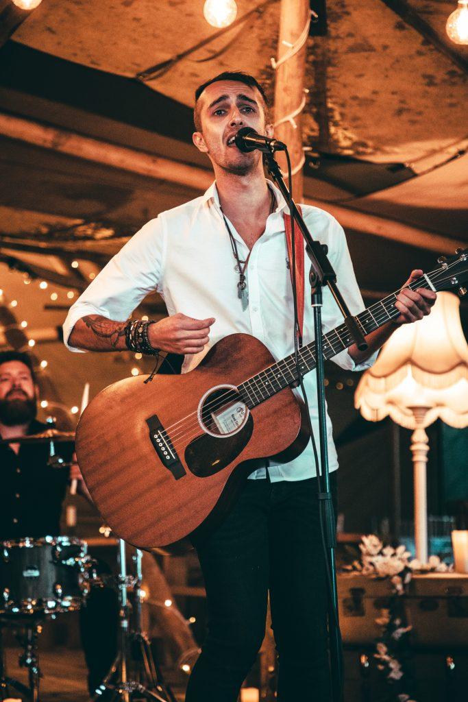 wedding singer wales